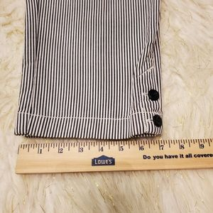 LOFT Pants - NWT LOFT Striped Crops 10P